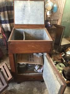 アンティーク冷蔵庫,木の冷蔵庫